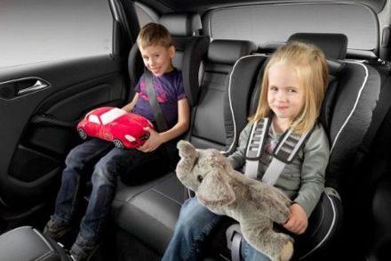 Детское такси минивэн с удобными креслами