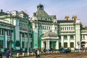 Такси минивэн на Белорусский вокзал