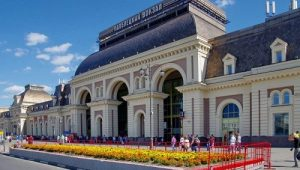 Минивэн на вокзал